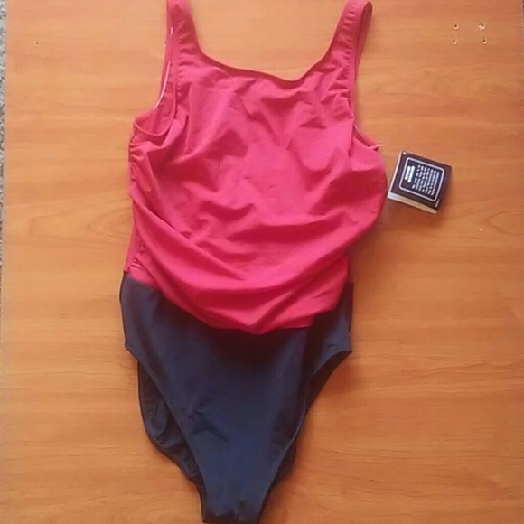 Newport News Other - Newport News Swimsuit Size 16 (R4)